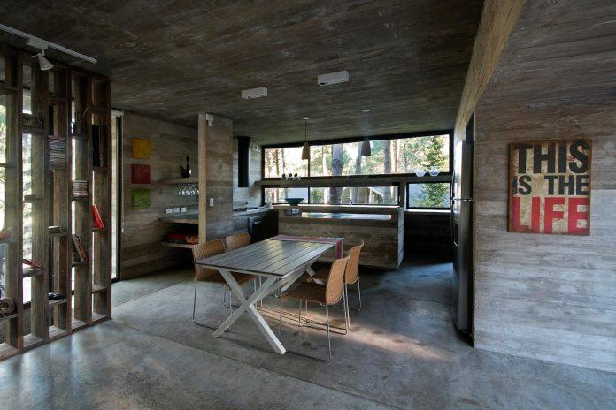 concrete-valeria-house-lush-vegetation-crossed-tall-dunes-designed-luciano-kruk-maria-victoria-besonias-16