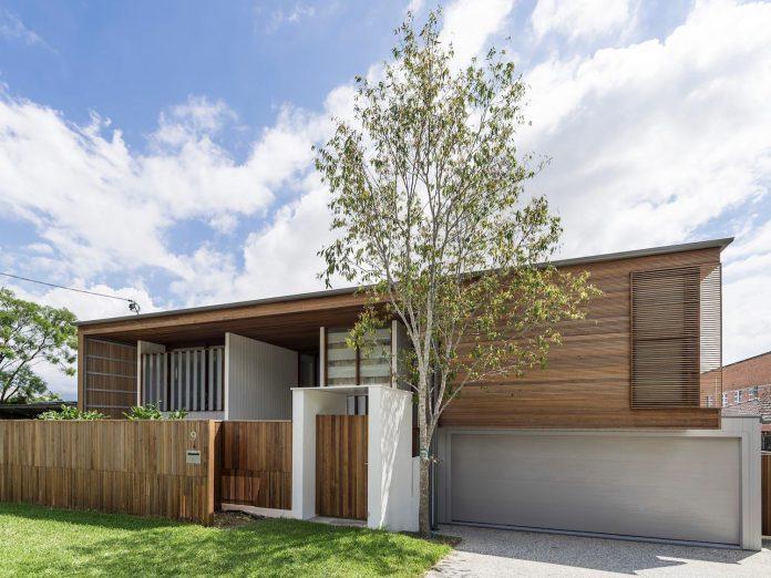 contemporary-backyard-house-teneriffe-brisbane-joe-adsett-architects-01