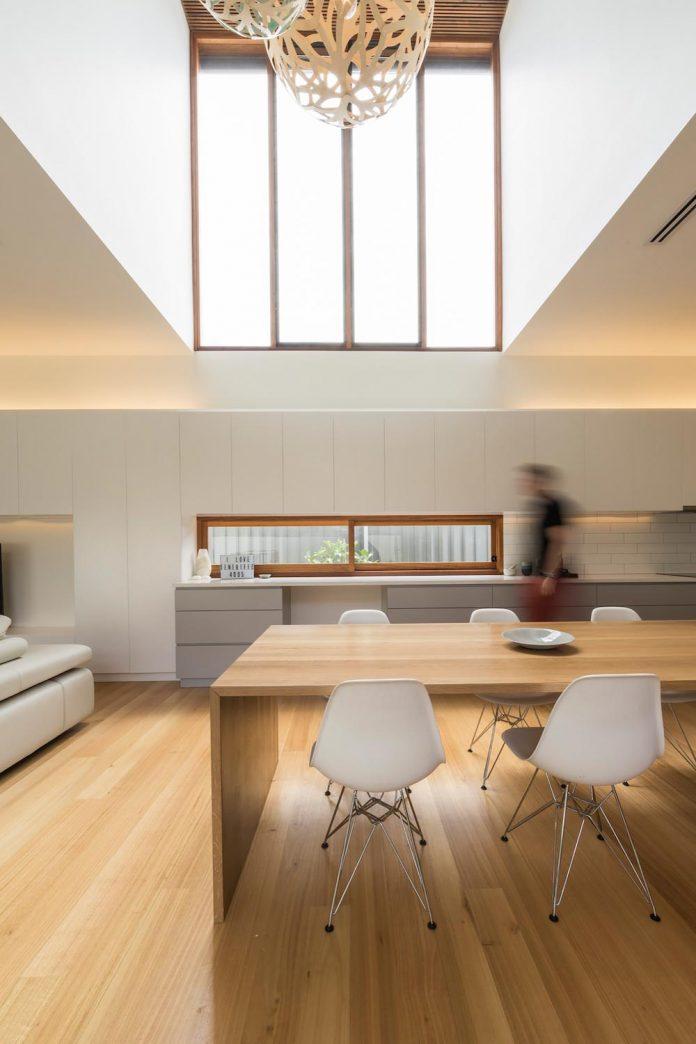 contemporary-backyard-house-teneriffe-brisbane-joe-adsett-architects-10