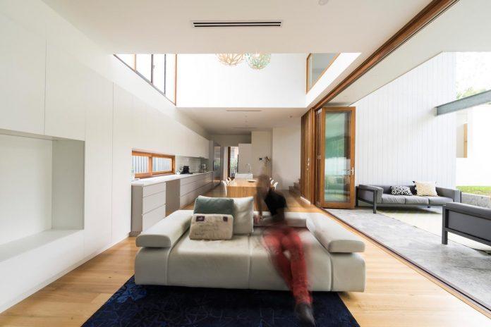 contemporary-backyard-house-teneriffe-brisbane-joe-adsett-architects-12