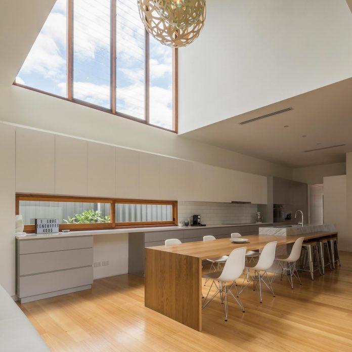 contemporary-backyard-house-teneriffe-brisbane-joe-adsett-architects-13