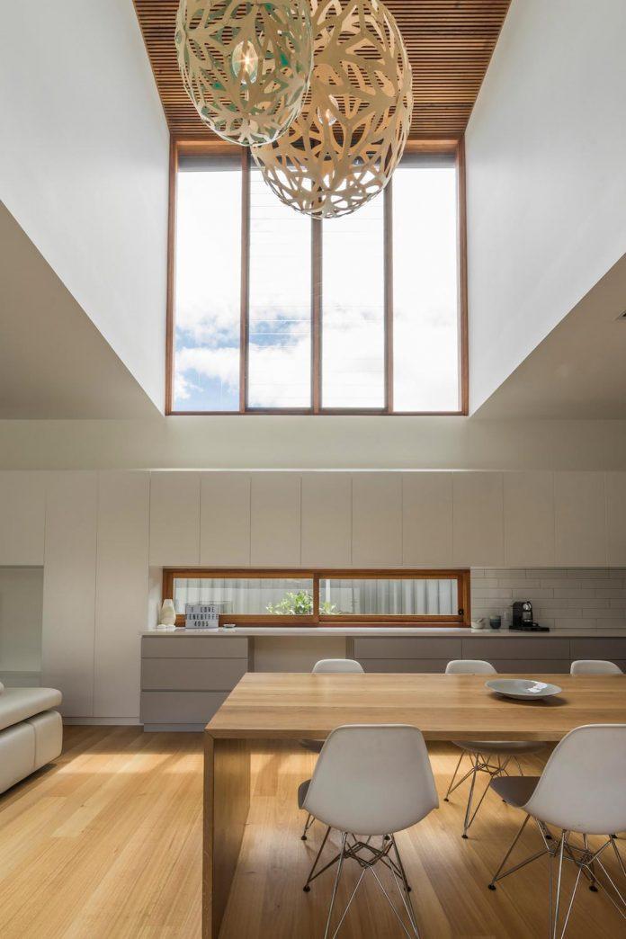 contemporary-backyard-house-teneriffe-brisbane-joe-adsett-architects-14
