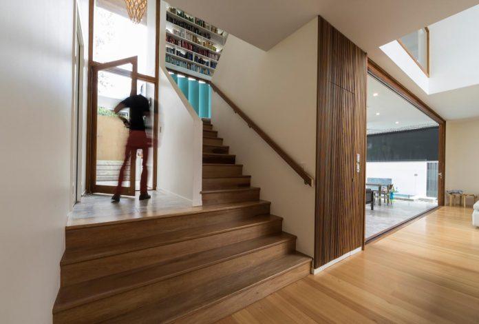 contemporary-backyard-house-teneriffe-brisbane-joe-adsett-architects-17