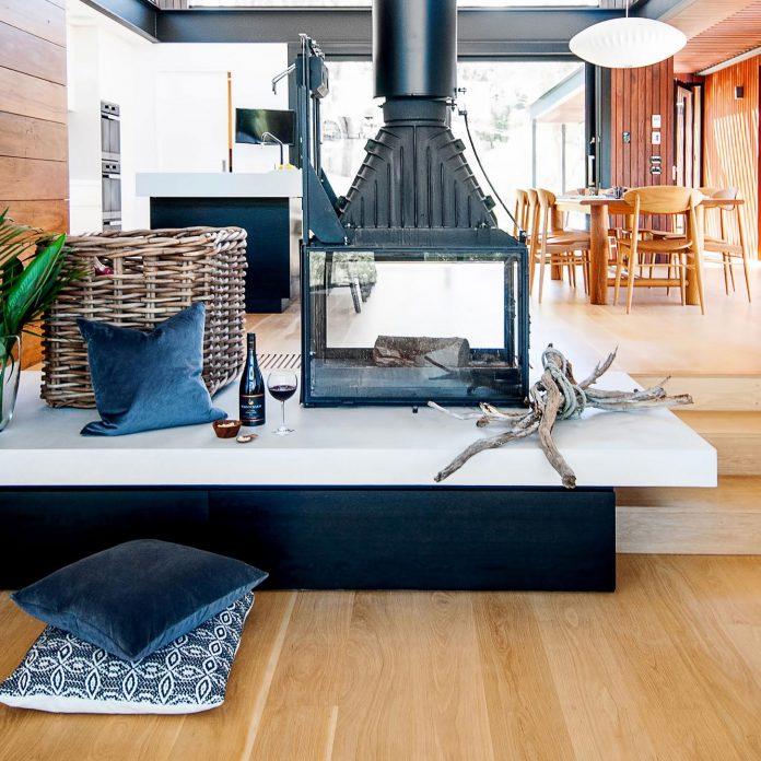 contemporary-bushland-warrandyte-house-perched-yarra-river-melbourne-alexandra-buchanan-architecture-06