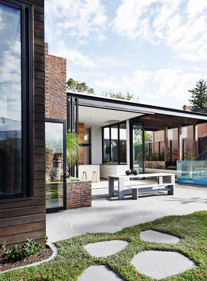 contemporary-renovation-malvern-victorian-residence-robson-rak-architects-03