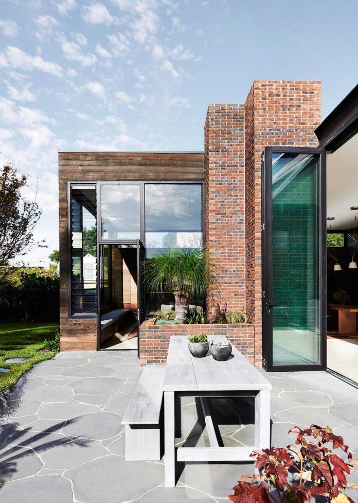 contemporary-renovation-malvern-victorian-residence-robson-rak-architects-04