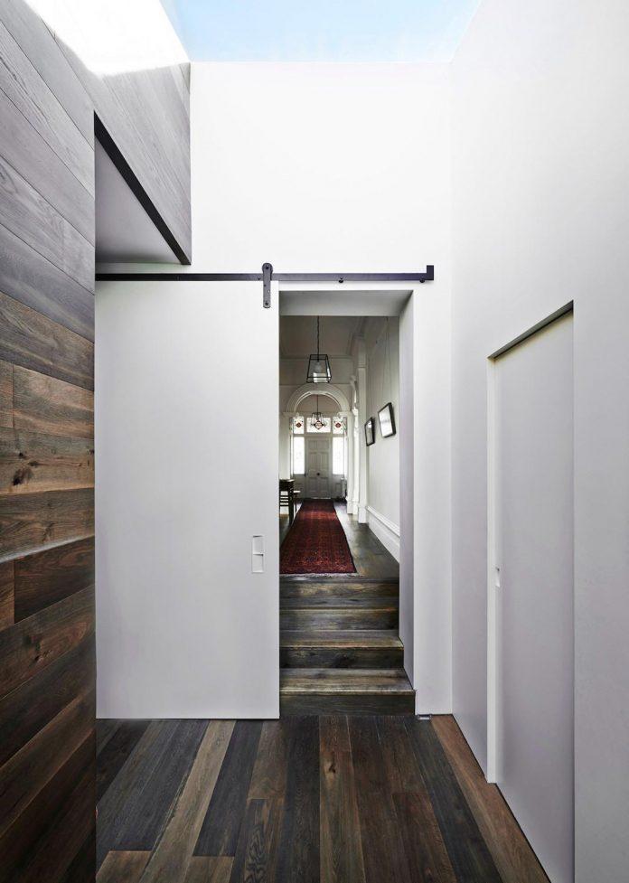 contemporary-renovation-malvern-victorian-residence-robson-rak-architects-05