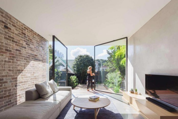 contemporary-two-storey-d-house-located-sydney-marston-architects-01
