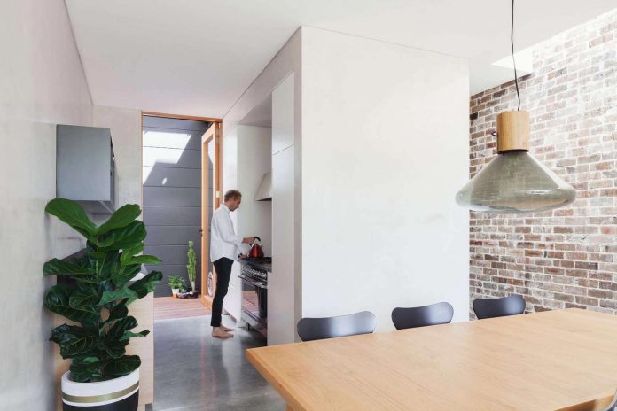 contemporary-two-storey-d-house-located-sydney-marston-architects-06