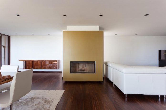 contemporary-two-story-house-s-felix-da-marinha-portugal-designed-nelson-resende-13