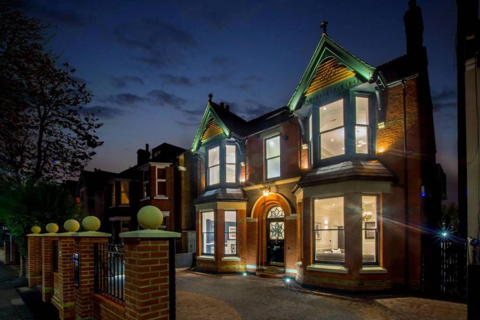 cookes-luxurious-home-london-chris-cooke-stimilon-developments-16