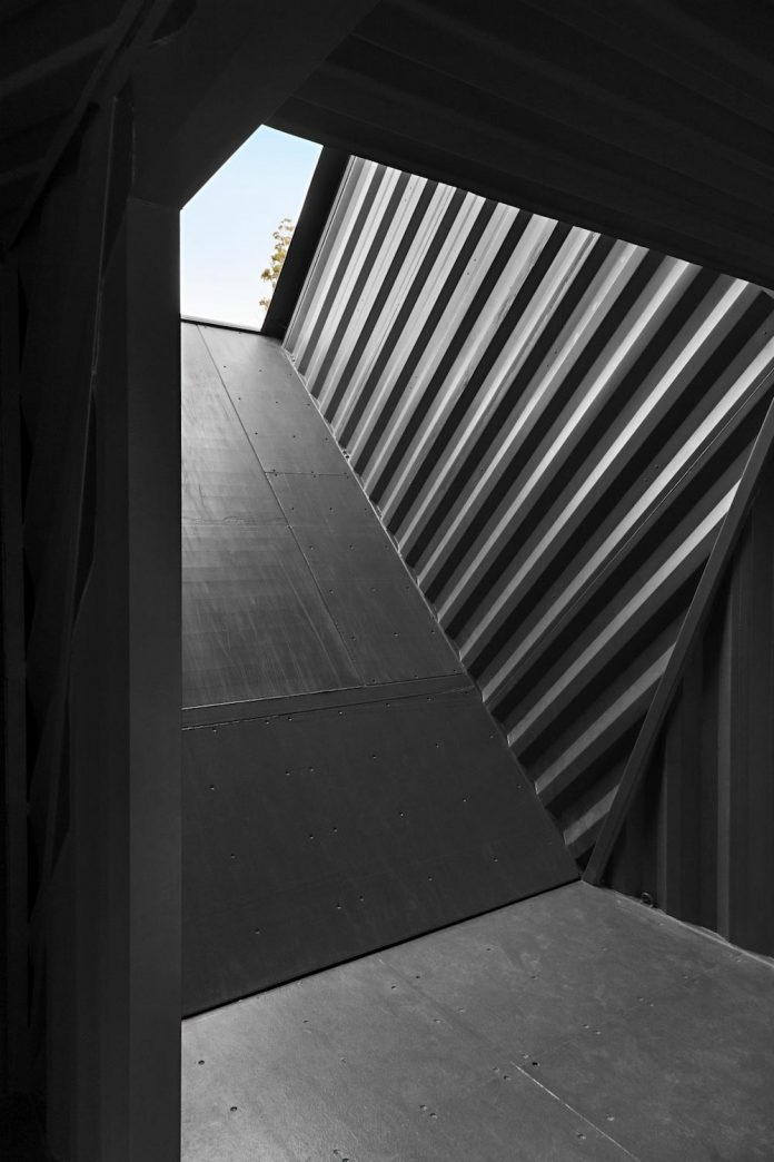 devils-corner-cellar-door-lookout-panoramic-views-freycinet-peninsula-cumulus-studio-10
