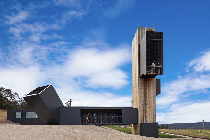 devils-corner-cellar-door-lookout-panoramic-views-freycinet-peninsula-cumulus-studio-15