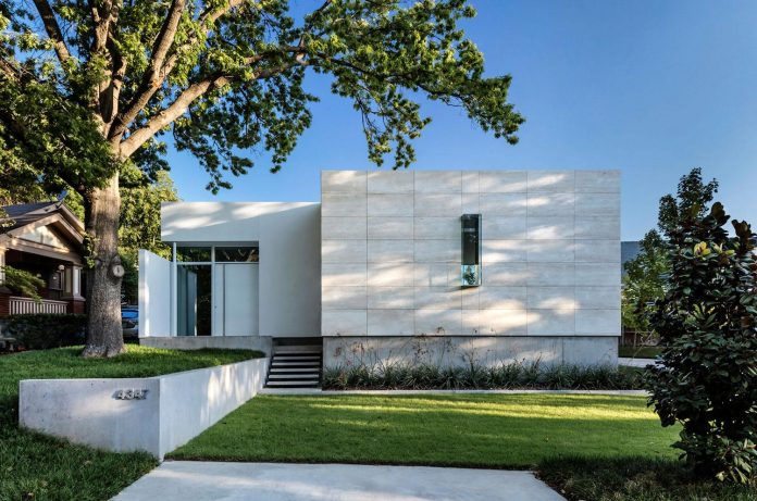 di-luce-white-villa-dallas-morrison-dilworth-walls-01