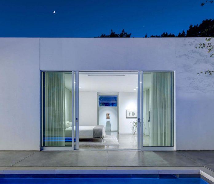 di-luce-white-villa-dallas-morrison-dilworth-walls-07