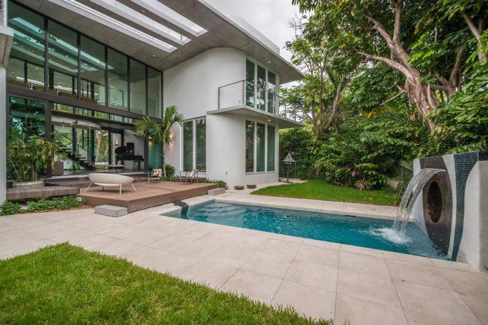 dilido-haus-mimo-architectural-style-miami-beach-gabriela-caicedo-liebert-03
