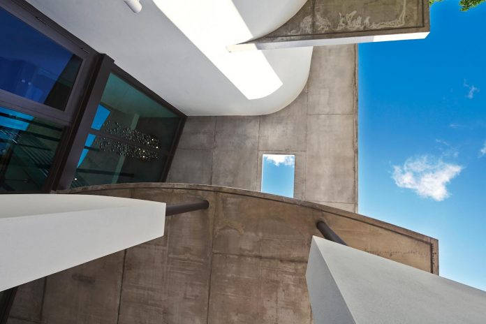 dilido-haus-mimo-architectural-style-miami-beach-gabriela-caicedo-liebert-07