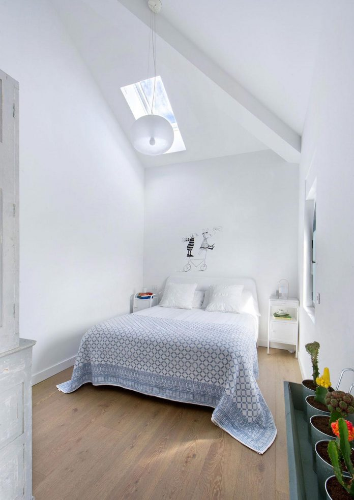 egue-y-seta-redesign-house-50s-new-welcoming-home-young-couple-kids-14