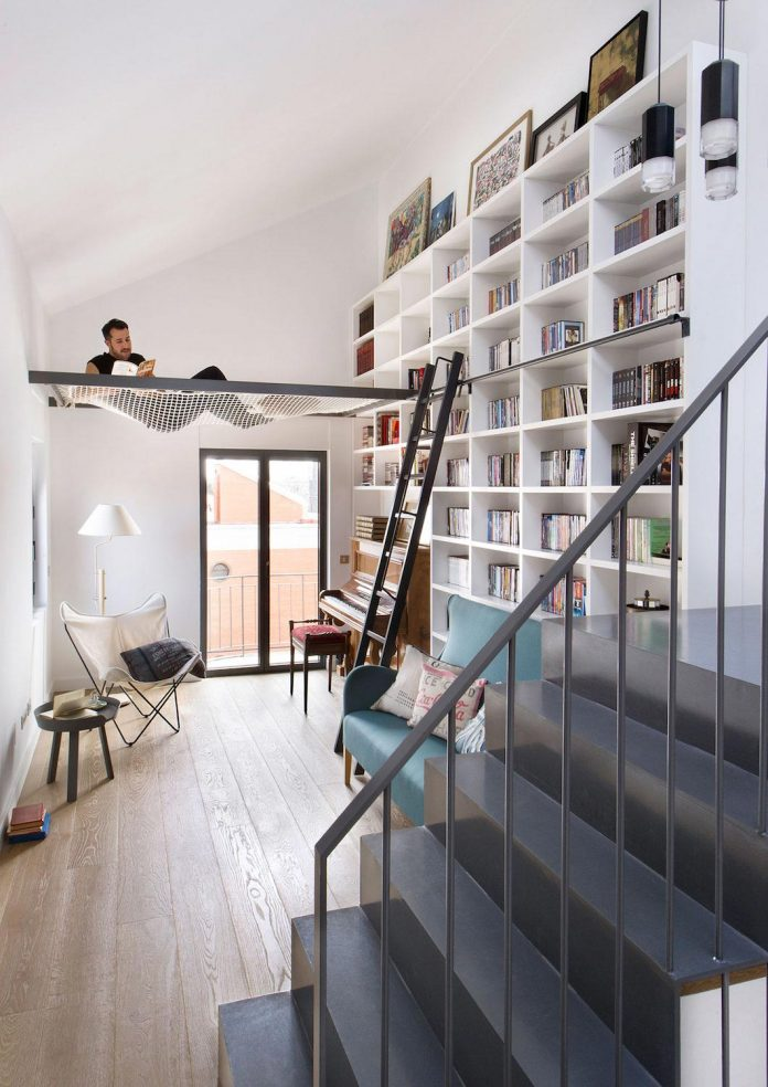 egue-y-seta-redesign-house-50s-new-welcoming-home-young-couple-kids-27