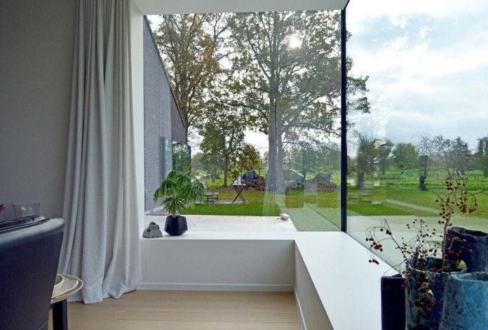 fc-kiekens-home-aalter-belgium-architektuurburo-dirk-hulpia-18