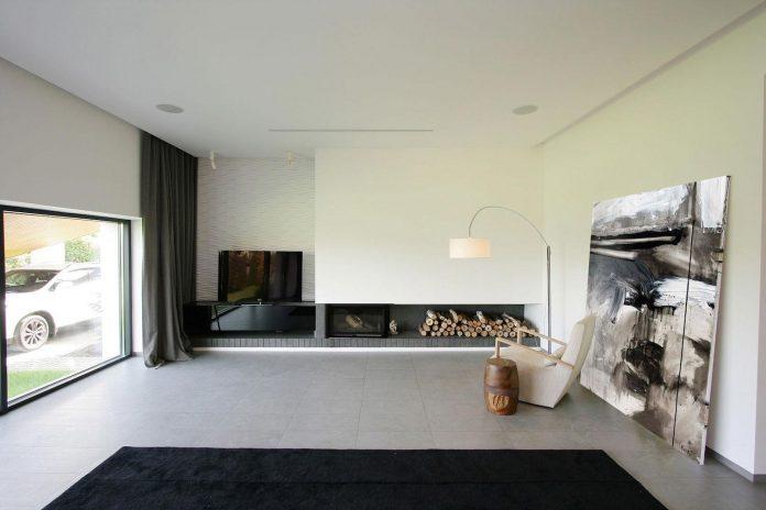 h-01-modern-two-storey-villa-azovskiy-pahomova-architects-11