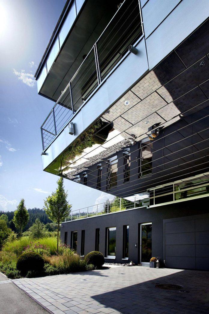 high-tech-modern-villa-engineer-designed-eppler-buhler-05