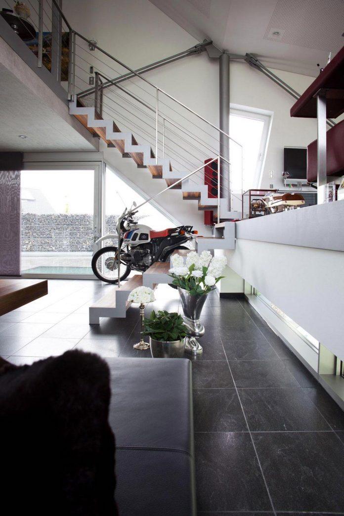 high-tech-modern-villa-engineer-designed-eppler-buhler-14