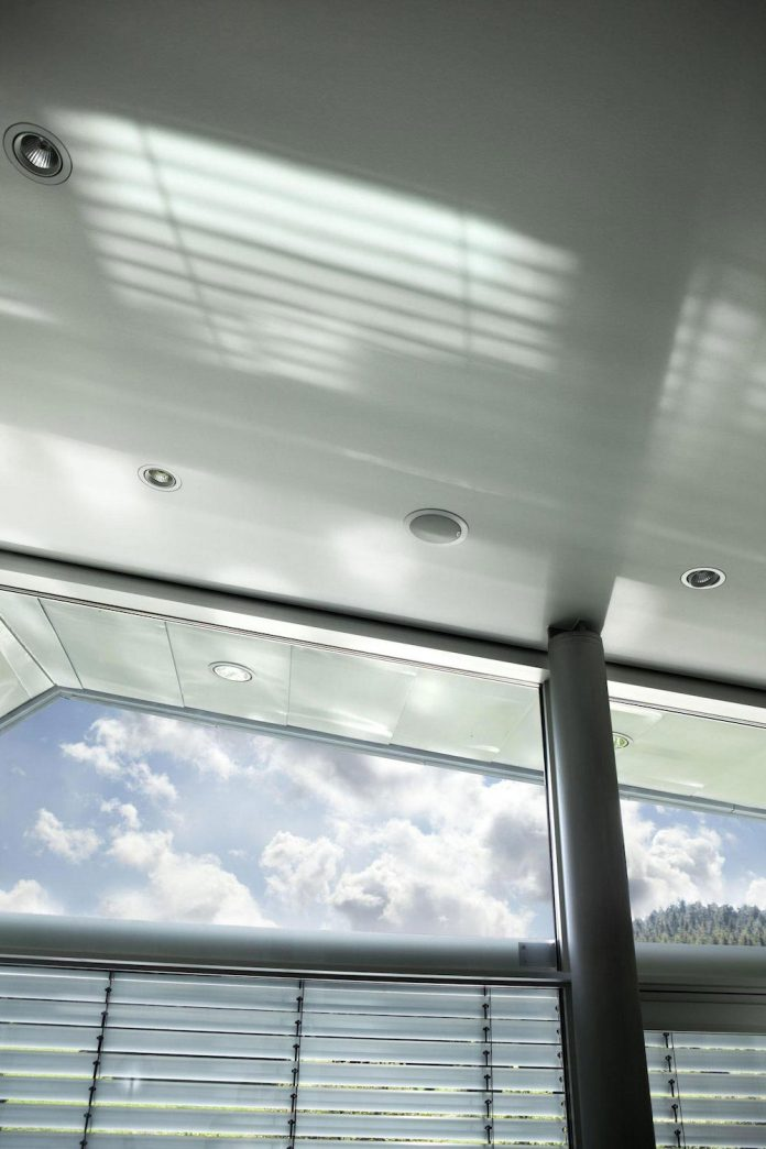 high-tech-modern-villa-engineer-designed-eppler-buhler-17