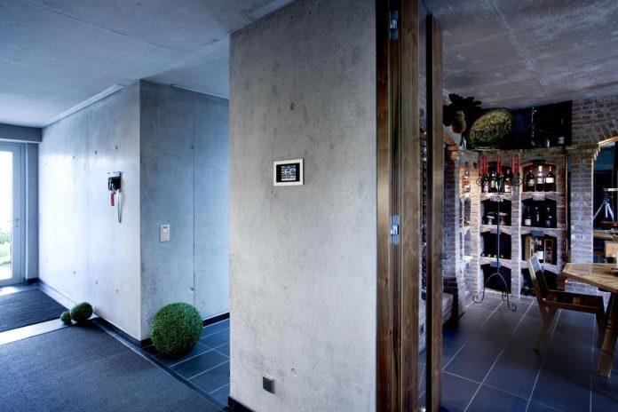 high-tech-modern-villa-engineer-designed-eppler-buhler-19