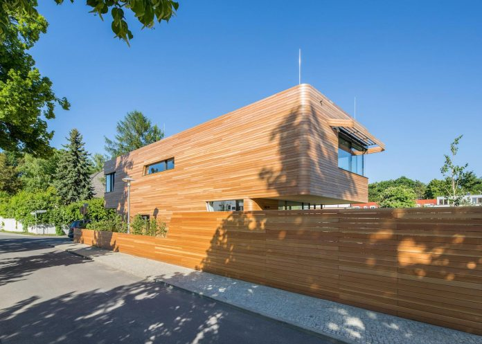 Holistic Living Eco Friendly Wooden Single Family House