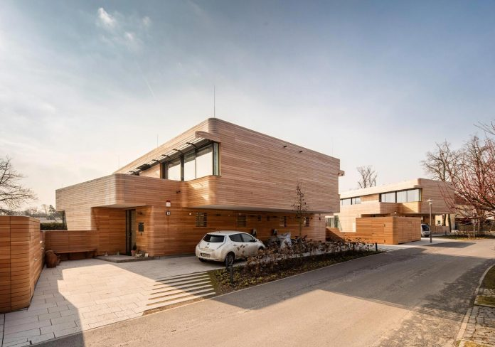 holistic-living-eco-friendly-wooden-single-family-house-two-semi-detached-houses-graft-09