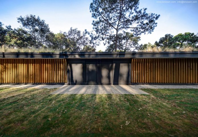 irekua-anatani-house-located-valle-de-bravo-mexico-designed-broissin-04