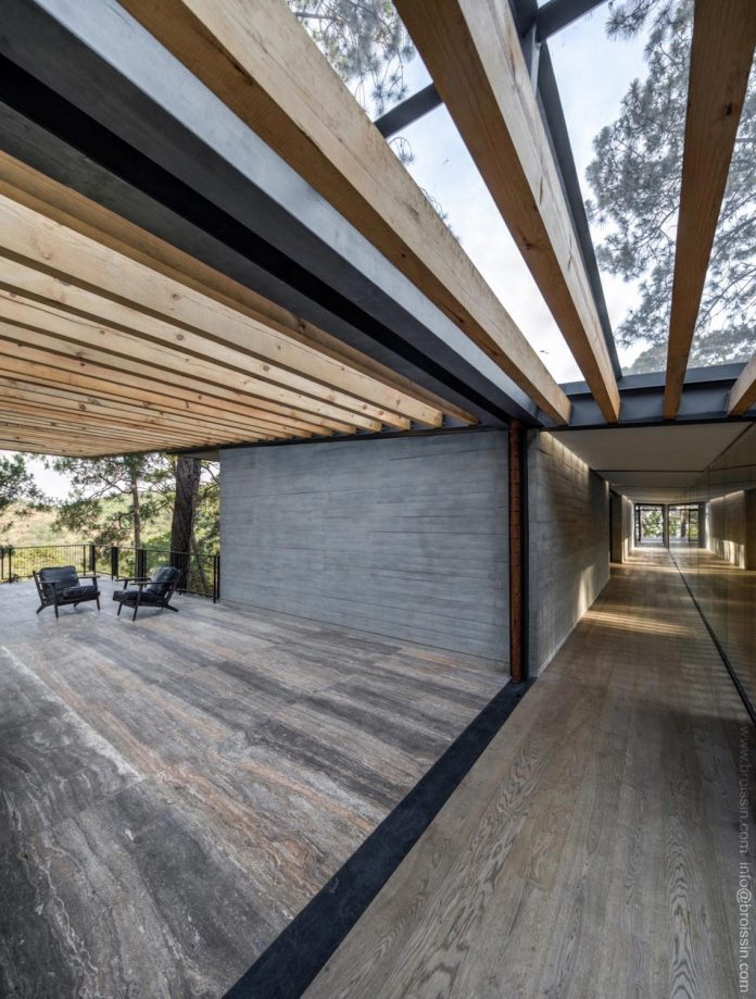irekua-anatani-house-located-valle-de-bravo-mexico-designed-broissin-06
