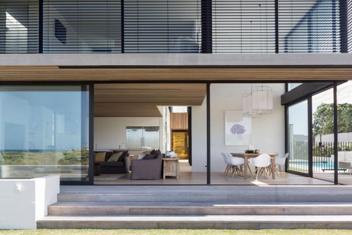 julian-guthrie-design-tuatua-house-generous-family-holiday-home-coastal-subdivision-12