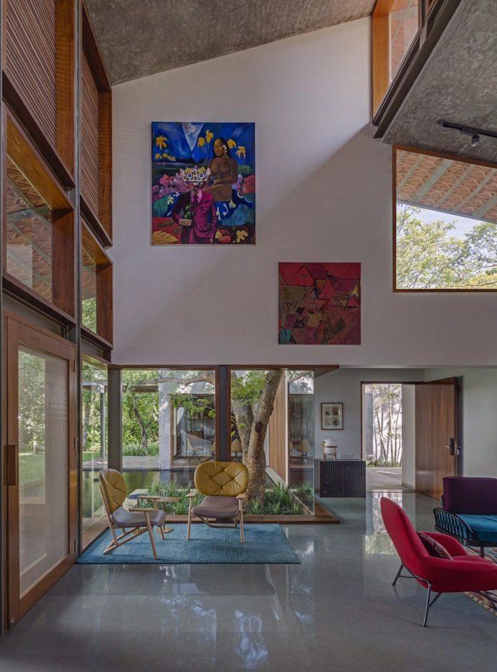 krishnan-house-16000-square-foot-green-surroundings-khosla-associates-07