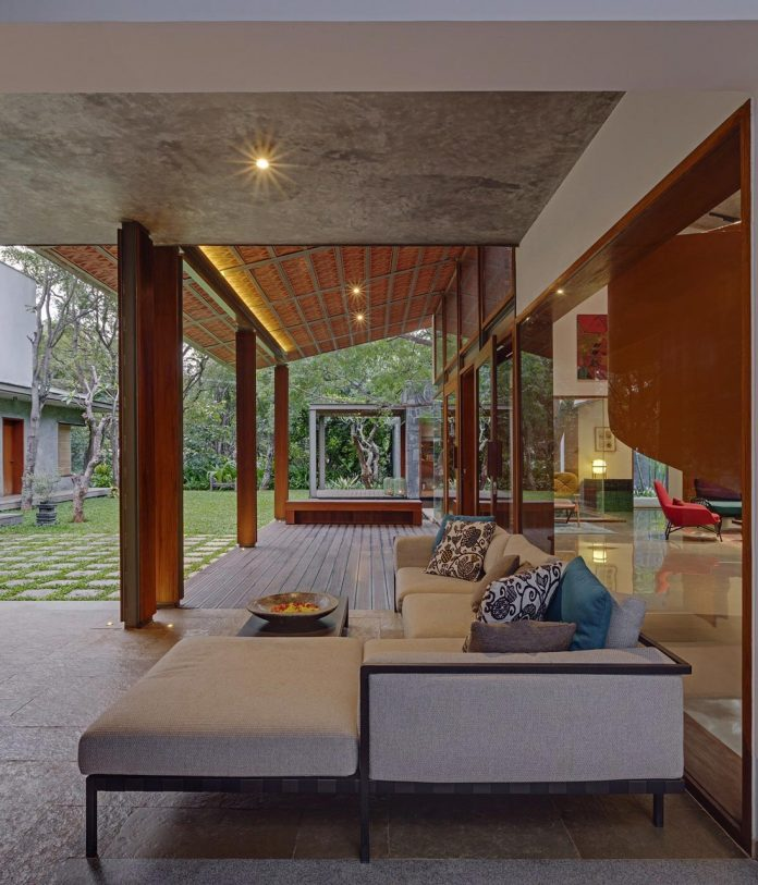 krishnan-house-16000-square-foot-green-surroundings-khosla-associates-10