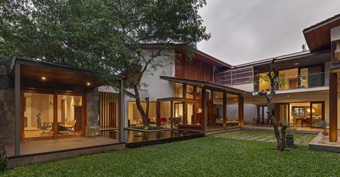 krishnan-house-16000-square-foot-green-surroundings-khosla-associates-22