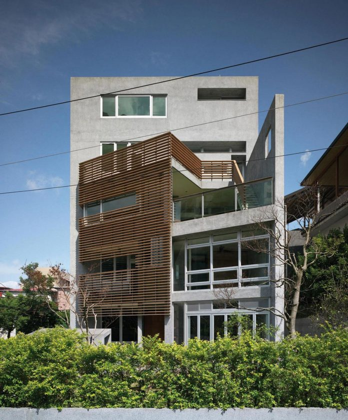 lack-space-ys114-house-developed-vertically-preposition-architecture-01