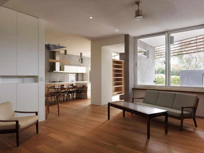 lack-space-ys114-house-developed-vertically-preposition-architecture-14