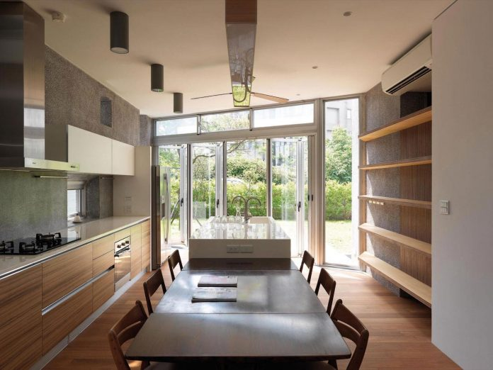 lack-space-ys114-house-developed-vertically-preposition-architecture-17