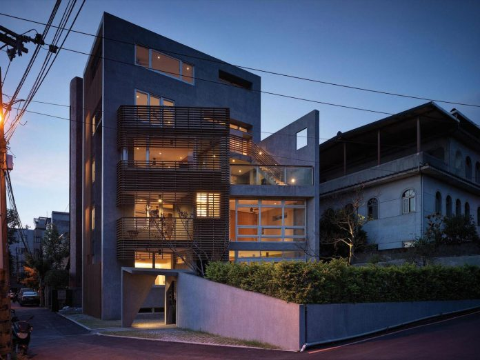 lack-space-ys114-house-developed-vertically-preposition-architecture-21