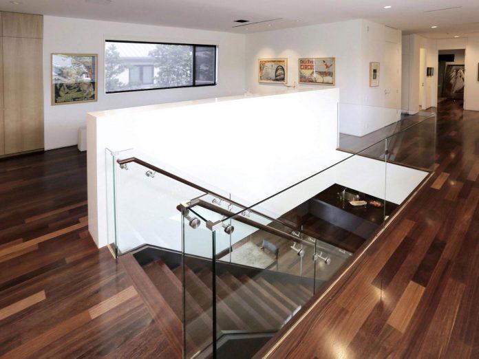lesem-house-houstons-southampton-neighborhood-stern-bucek-architects-18