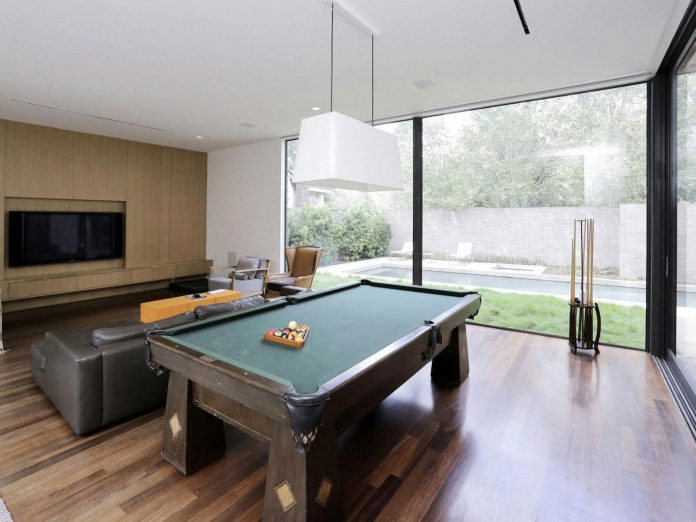 lesem-house-houstons-southampton-neighborhood-stern-bucek-architects-29