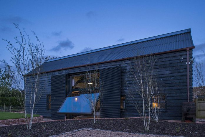 liddicoat-goldhill-design-ancient-party-barn-barn-conversion-contemporary-atmospheric-getaway-relaxing-gathering-35