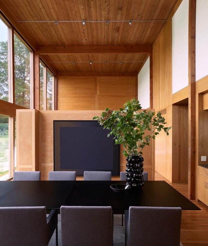 louis-kahns-korman-residence-interior-renovation-jennifer-post-design-03