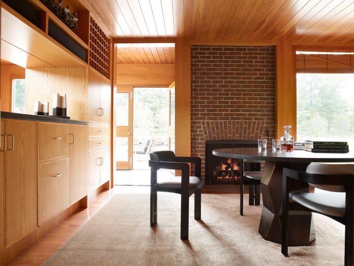 louis-kahns-korman-residence-interior-renovation-jennifer-post-design-07