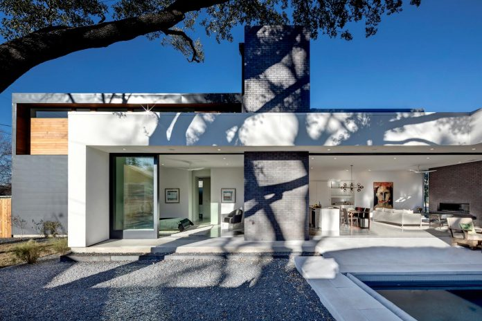 matt-fajkus-architecture-design-main-stay-house-clean-forms-urban-infill-living-space-blurs-lines-inside-outside-03