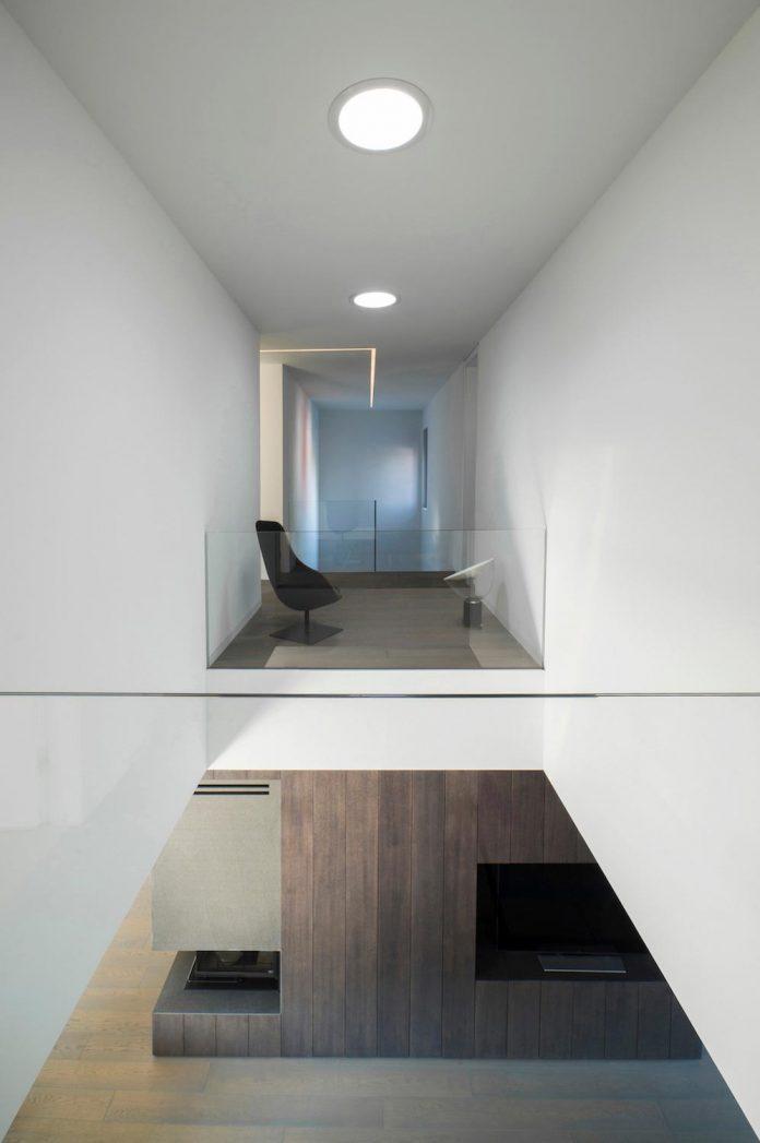middle-sized-family-house-narrow-street-z-center-zagreb-dva-arhitekta-05