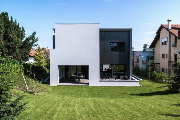 middle-sized-family-house-narrow-street-z-center-zagreb-dva-arhitekta-08