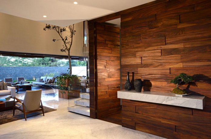 modern-atrium-house-large-double-height-space-living-room-rama-construccion-y-arquitectura-06